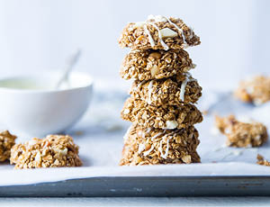 Autumn meditation wellness retreat in the UK Food Oat Biscuits